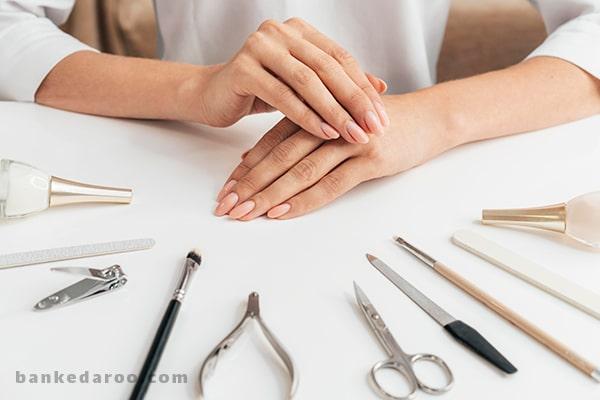 لیست ابزار و لوازم آرایش