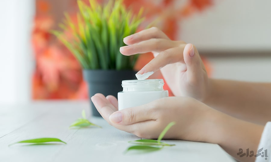 کرم دست و ناخن | مزایای کرم دست و ناخن | کرم دست برای پوست خشک